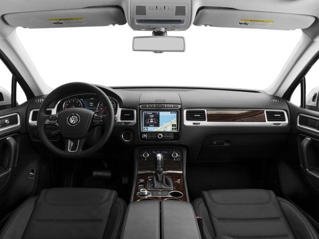 2017 Volkswagen Touareg Sport w/Technology - Volkswagen ...