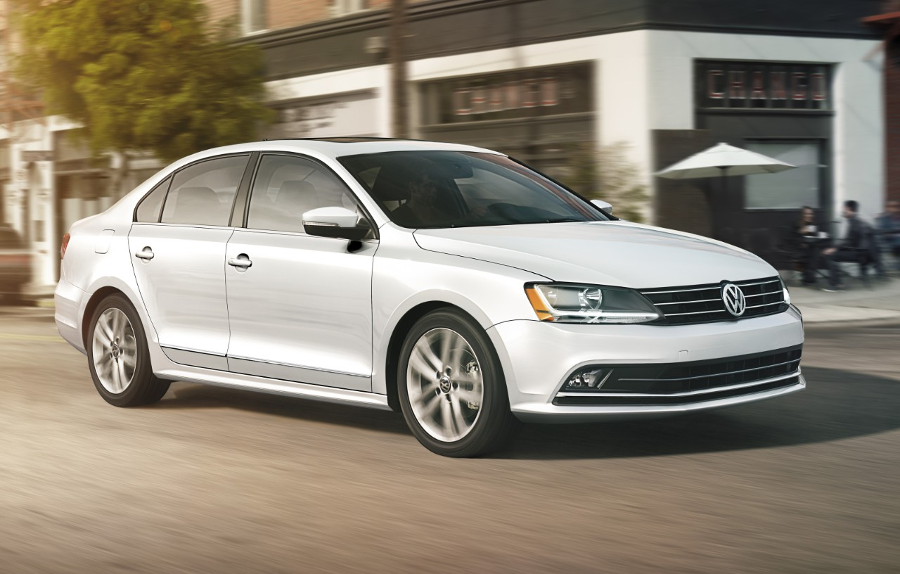 If You Re Ready To Swim Out Of The Sea Sameness When It Comes Driving Sedans 2017 Volkswagen Jetta Has Arrived At King
